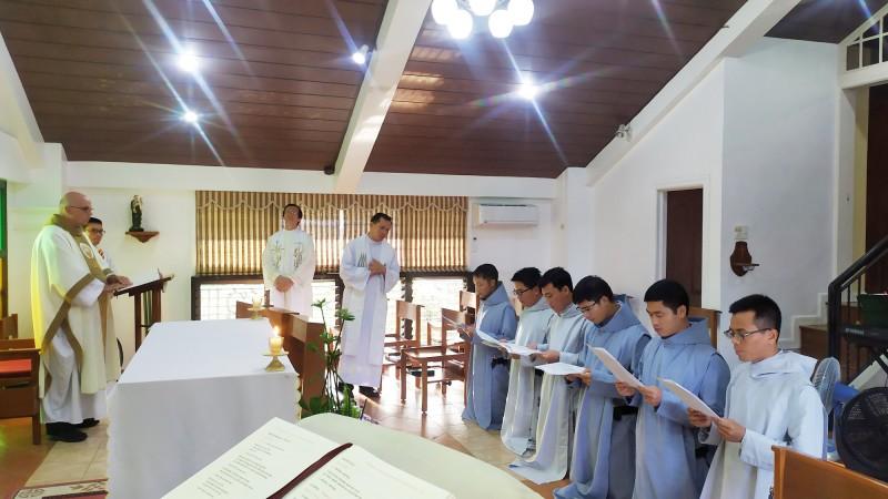 6 Anh Em Thỉnh Sinh Việt Nam Lãnh Nhận Tu Phục Và Gia Nhập Tập Viện Khóa 2019-2020